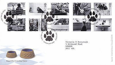 13 FEBRUARY 2001 CATS AND DOGS ROYAL MAIL FIRST DAY COVER PETTS WOOD SHS (b)
