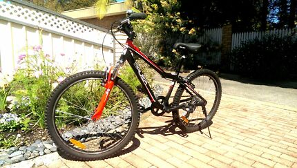 Bauer Wildthing Boys Bike for Ages 10-13 Green Point 2251 Gosford Area Preview