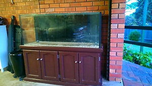 5 foot fish tank aquarium with stand, lids and custom made sump Mollymook Shoalhaven Area Preview