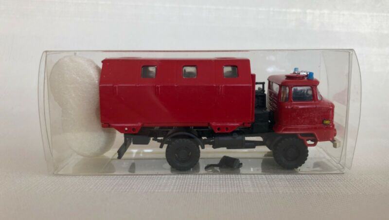 RK-Modelle Nr. 047730 IFA L60m Blr FW-GfK-Koffer, Feuerwehr