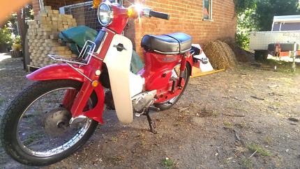 1981 Honda super cub 90 (c90)
