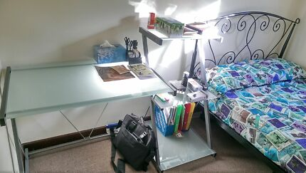 Room available for rent (close to victoria park bus transfer) Victoria Park Victoria Park Area Preview