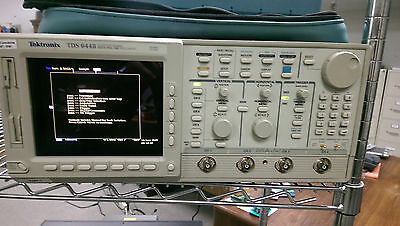 Tektronix Tds644b Digital Real-time Oscilloscope 500mhz 4-ch 2.5 Gss