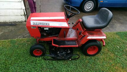 Ride on mower for sale good little mower Kitchener Cessnock Area Preview