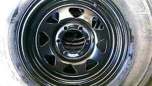7jx15 sunraiser rims set of 5, 2 with good tyres 3 bald tyres Black River Townsville Surrounds Preview