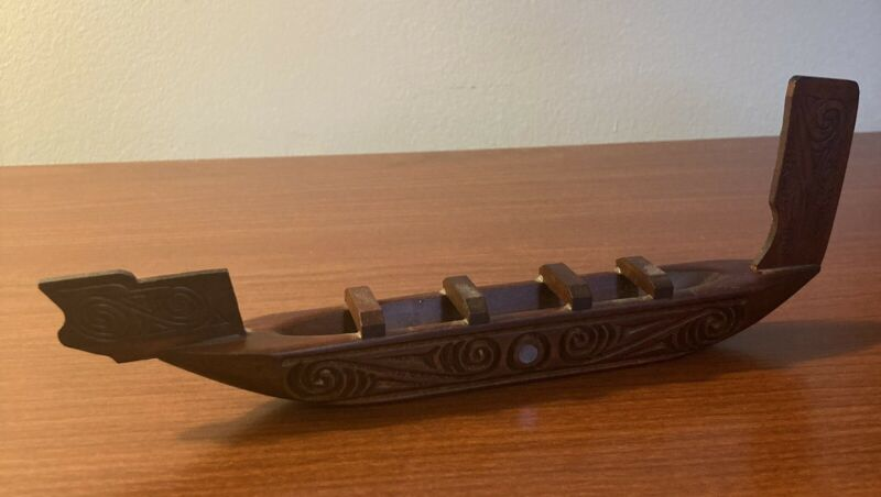 Maori Wood Carving Canoe Rotorua New Zealand Waka 9 Inches