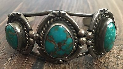 GORGEOUS OLD VINTAGE NAVAJO GREEN TURQUOISE & STERLING SILVER ROW CUFF BRACELET