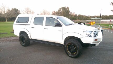 Toyota Hilux Turbo Diesel 4x4 2008  Balcatta Stirling Area Preview