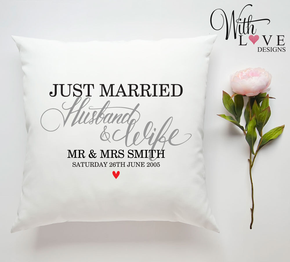 JUST MARRIED MR /& MRS WEDDING PERSONALISED CUSTOM PILLOW CUSHION PRESENT GIFT