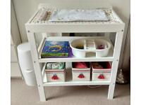 Changing table, changing mat and boxes