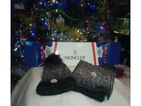 BLACK/WHITE MONCLER SCARF AND HAT GIFT SET, PRESENTED IN A CRACKER