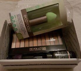 Mini Make Up Beauty Box