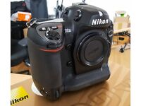 Nikon D2Xs Professional Digital Camera - very low shutter count & excellent condition