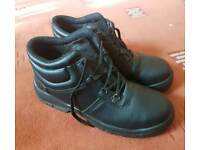 Steel toe cap safety boots, size 11.