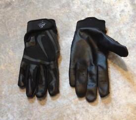 New Nike gloves RRP £25