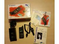 Motorola international 7500 microtac - highly collectable vintage mobile - boxed