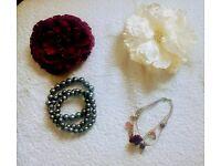 25 items of costume jewellery