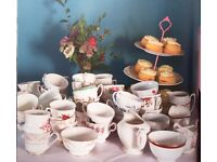 Pretty Vintage Teacups Saucers perfect for summer wedding tea party