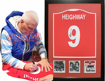 FRAMED STEVE HEIGHWAY SIGNED LIVERPOOL 9 FOOTBALL SHIRT COA & PROOF