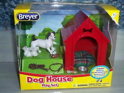 BREYER DOG HOUSE PLAY SET #1508 JACK RUSSELL TERRIOR/DOG HOUSE W/ 6 ACCESSORIE