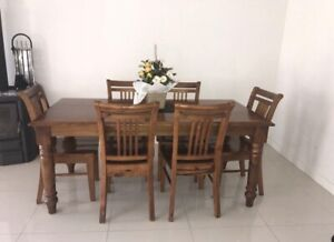 Good condition solid wooden dining table with 6 chairs (Balmoral)