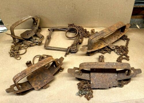 Old animal traps. . Used old and rustic traps for Decor. - Lot of 5