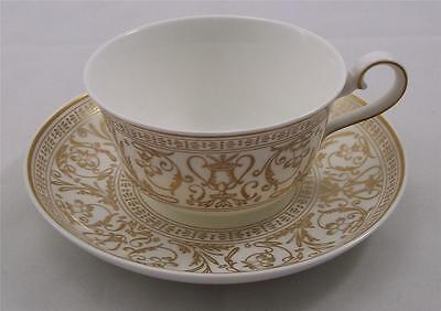 Villeroy & and Boch Heinrich FRESCO GOLD tea cup and saucer NEW