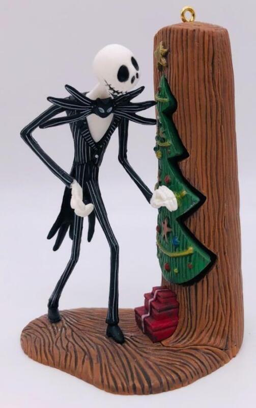 2012 Jack Sneaks A Peek Hallmark Ornament Nightmare Before Christmas