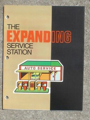 Goodyear Tire   Rubber Co  The Expanding Service Station 1971 Booklet