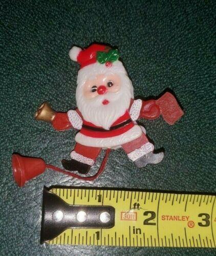 Merry Christmas Jumping Santa Brooch Pin Moving Eyes Pull Cord Plastic