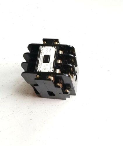 HITACHI AC MAGNETIC CONTACTOR A58L-0001-0211/30NB