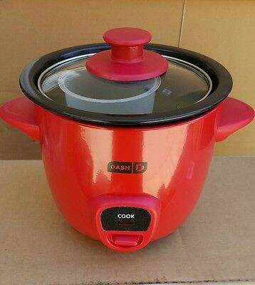 Bound  MINI RICE COOKER DRCM100RD RED COLOR.