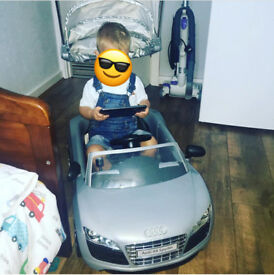 Infant push along Audi car