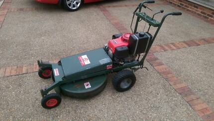 DEUTSCHER H660 SELF PROPELLED SLASHER LAWN MOWER HONDA GXV390 Mount Colah Hornsby Area Preview