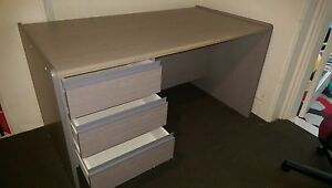 Cheap office desk Coogee Eastern Suburbs Preview