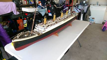 Hand Built  radio controlled Titanic Greta Cessnock Area Preview