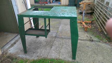 Steel work bench Latrobe Latrobe Area Preview