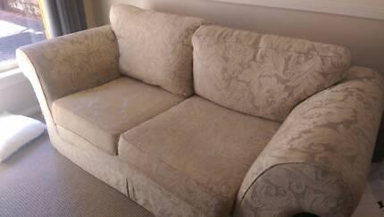 2 Seater sofa lounge Port Macquarie 2444 Port Macquarie City Preview