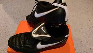 Nike Tiempo size 10 Soccer boots Crafers Adelaide Hills Preview