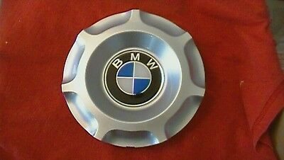 Fits 2002-2006 BMW center caps hubcaps 3 Series 320 323 325 330 used