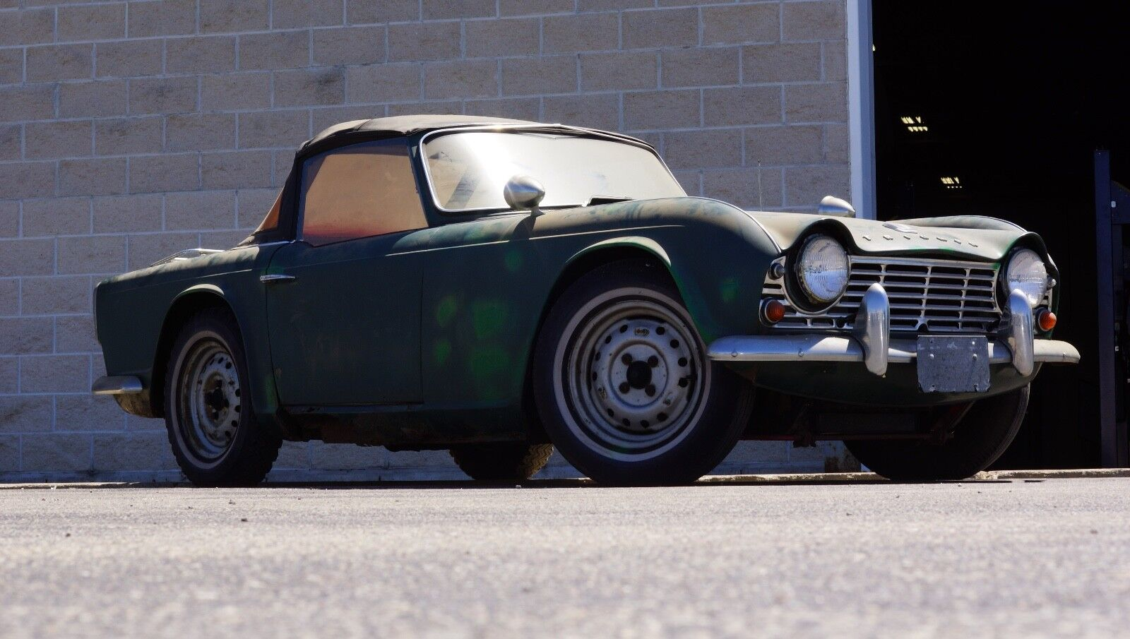 1962 Triumph TR4 : NO RESERVE - One Owner Fully Documented TR4 Roadster Project