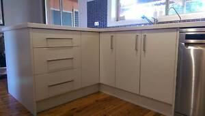 Kitchen complete with appliances Moorebank Liverpool Area Preview