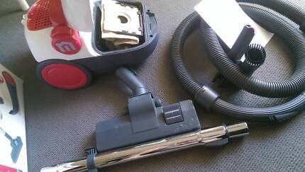 Home Hero 1600W Vacuum Cleaner Works Great only has a Minor Fault