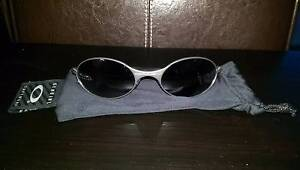 Oakley Metal Eye Jacket Sunglasses - Barely Worn! As New! Dee Why Manly Area Preview