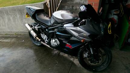 2008 hyosung gt650r Moonah Glenorchy Area Preview