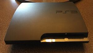 PS3 500GB + 2 Controllers + LOTS of Games