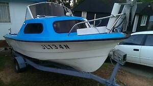 PONGRASS HALF CAB RUNABOUT 70HP EVINRUDE 2STROKE Liverpool Liverpool Area Preview