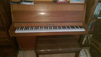 Piano - Upright - 1970s English Cramer - Good condition