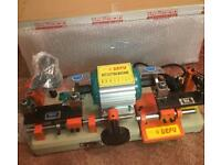QUICK SALE** Dual Cylinder & Mortice Key Cutting Machine