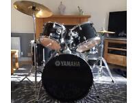 Yamaha gig maker set of drums